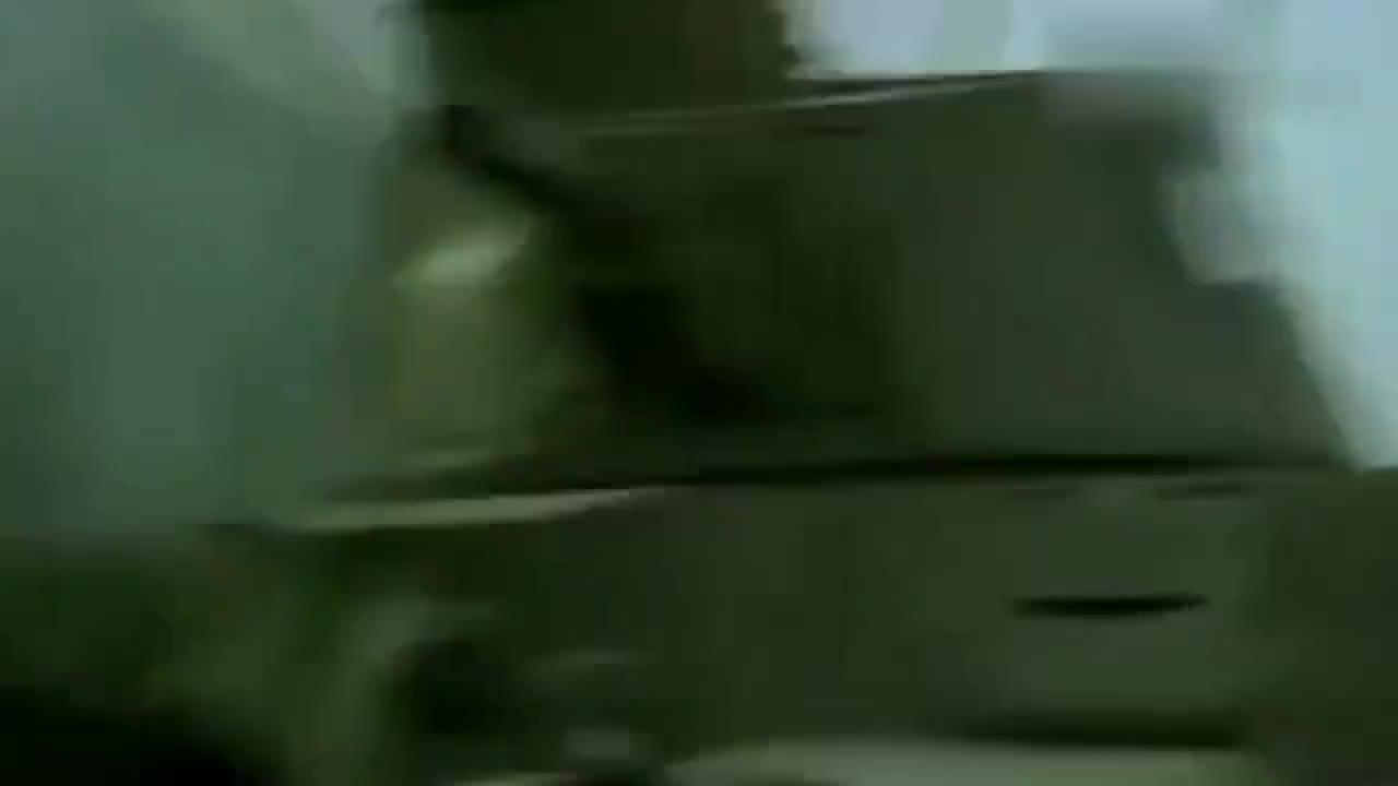 鬼子进攻意图被团长看穿,团长二话不说,直接用八门大炮伺候鬼子