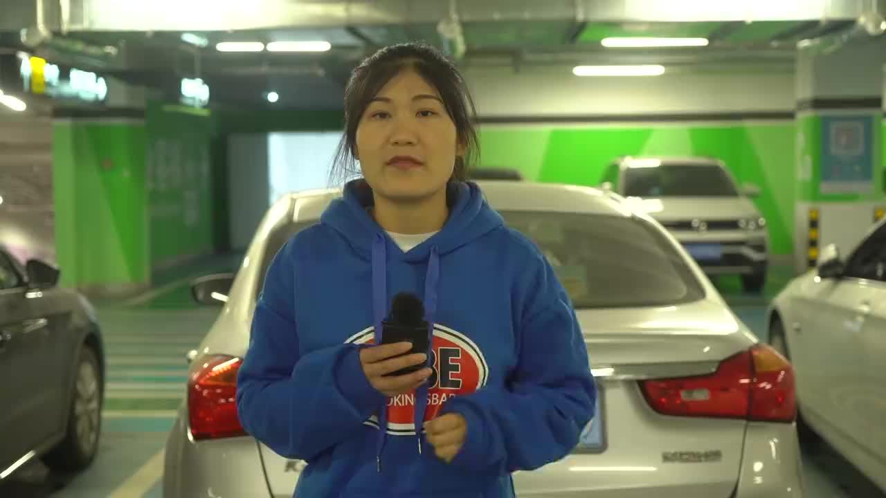 视频:哈弗H6被大货车迎面撞上,看到车损,路人惊了:不愧国产销量王
