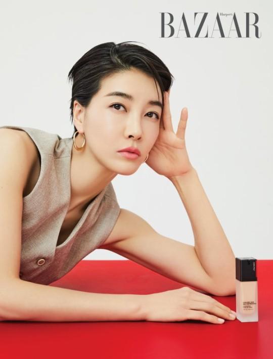 韩国女艺人陈瑞妍最新杂志写真曝光