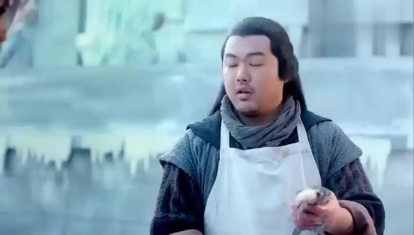 幻城:岚裳听见鱼儿在说话,阻止小吃摊主杀鱼:今天改吃素!