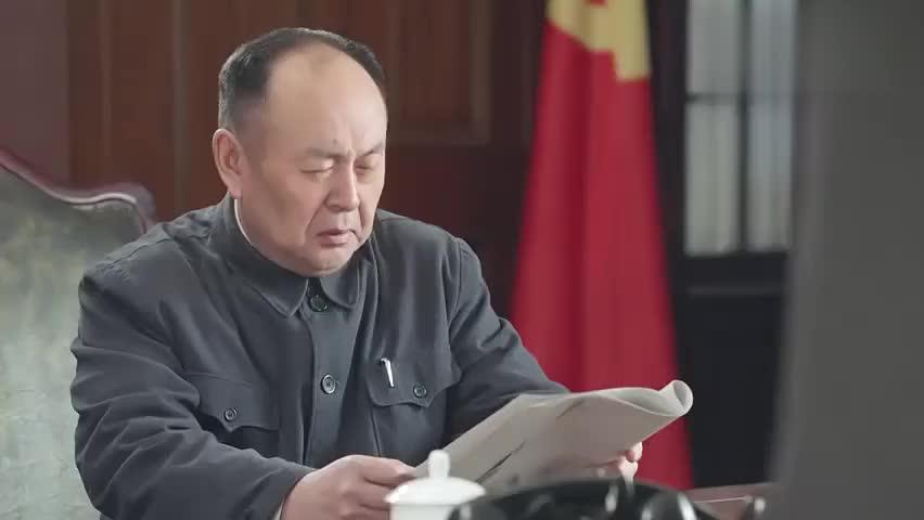 影视:陈毅市长宣布,把纱布低价卖给民众,这下囤货的傻了眼