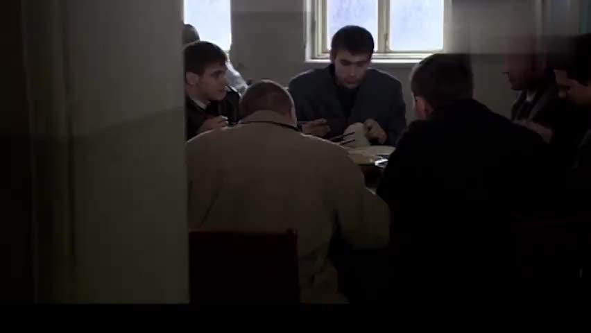 钢铁年代:见基里扬诺夫没露面,尚铁龙命令小伙去打听一下情况