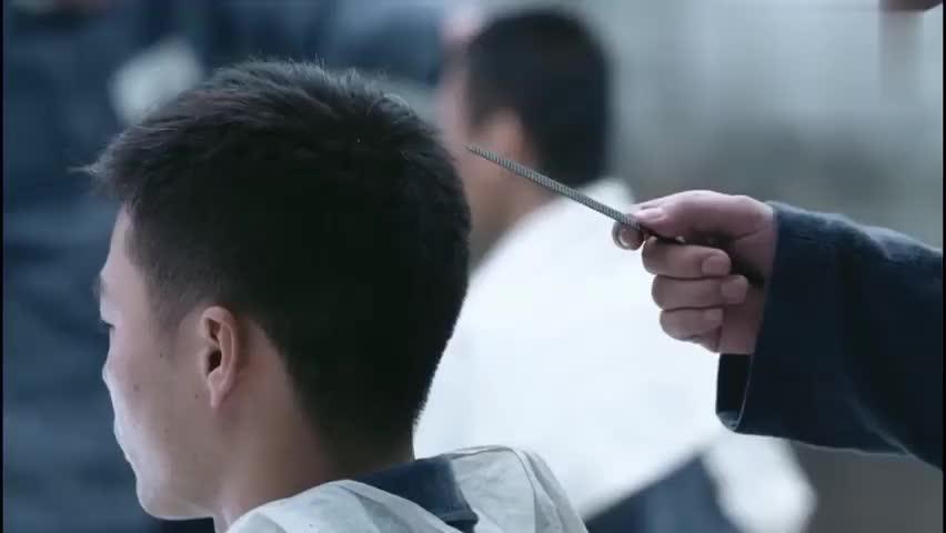 遥远的距离:郑向东在监狱服刑,谁知他是顶级厨师,高手在监狱呀