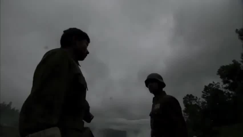 战士在前线拼命,上层高官却在争功,真是让人寒心!