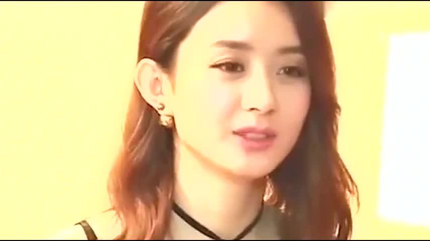 赵丽颖直播时被疯狂截图,离开了十级PS后,不敢相信自己的眼睛!