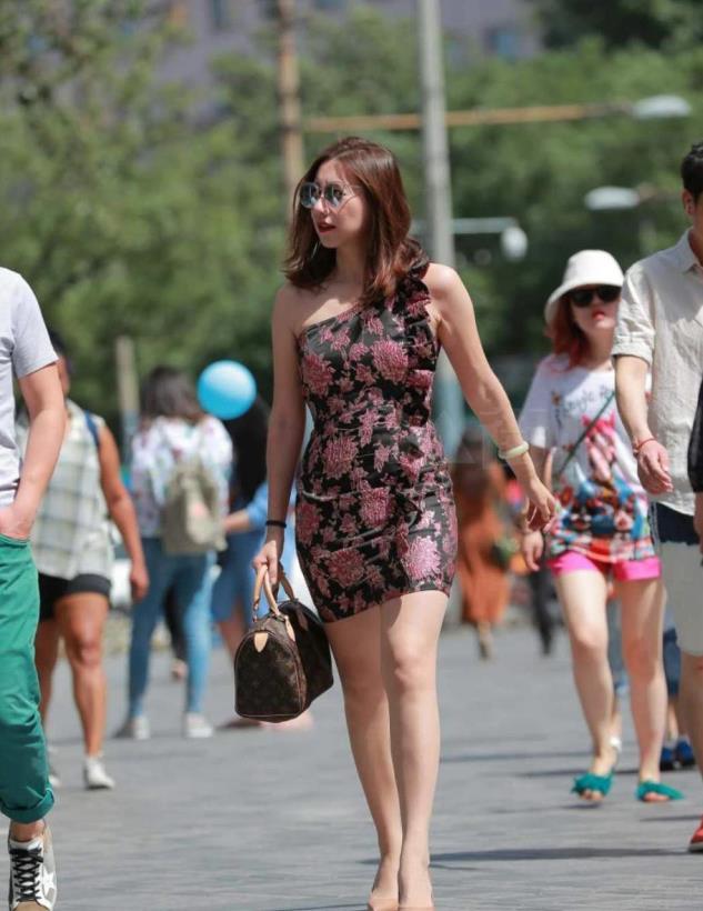 街拍:我差点以为你把东北棉花被穿出来了!