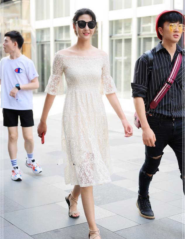温柔的小白裙上线,学小姐姐搭配出养眼校花气质