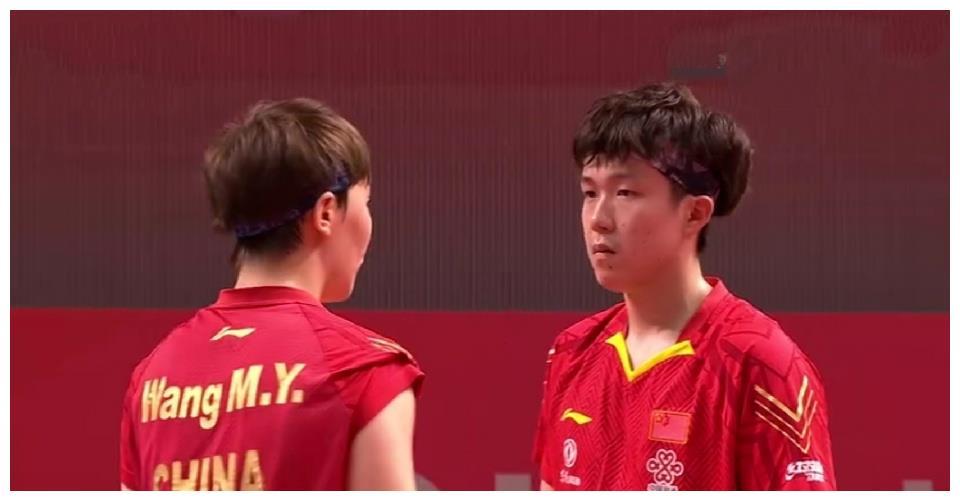 世界第一组合也难逃出局命运!比赛中接连鹰眼挑战,最后还是输球
