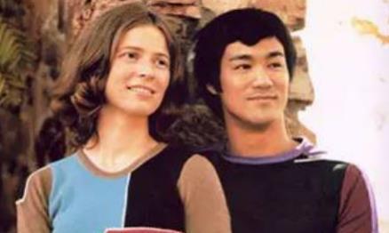 一代功夫巨星李小龙,唯一的女儿李香凝,如今怎么样了?