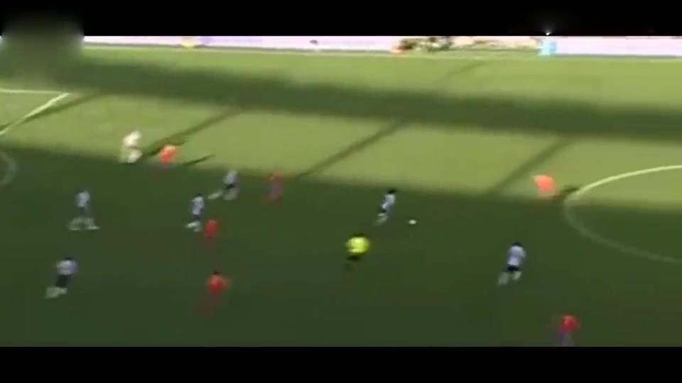梅西仅靠一人之力就把西班牙干服,根本抢不到他球