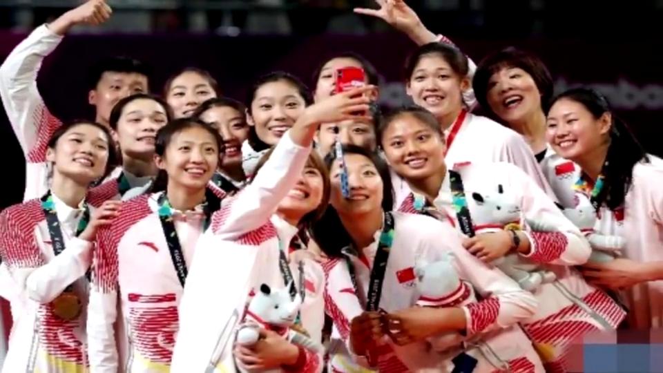 得罪谁了中国132金位居榜首闭幕式短片却只有一个背影镜头