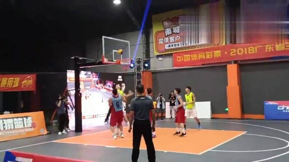 东莞3X3篮球男子组决赛,最强高中生陈国豪大战CBA大中锋