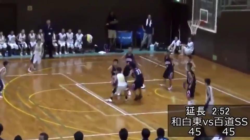 一场开挂的小学生篮球赛,这个绝杀我给满分