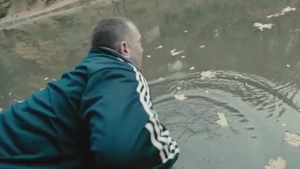 一群人作死闯入切尔诺贝利核污染场,没想到这里物种全部变异!