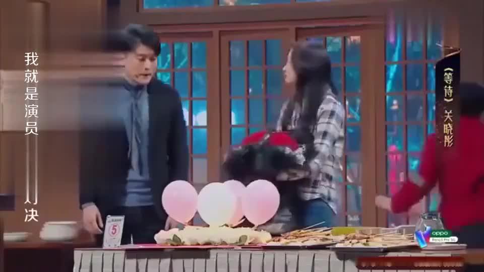 董又霖吉他弹唱画面太美,孙艺洲祝关晓彤找到真爱,真心地!