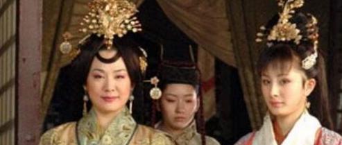 王昭君是哪个朝代的人, 西汉美女王昭君身世之谜