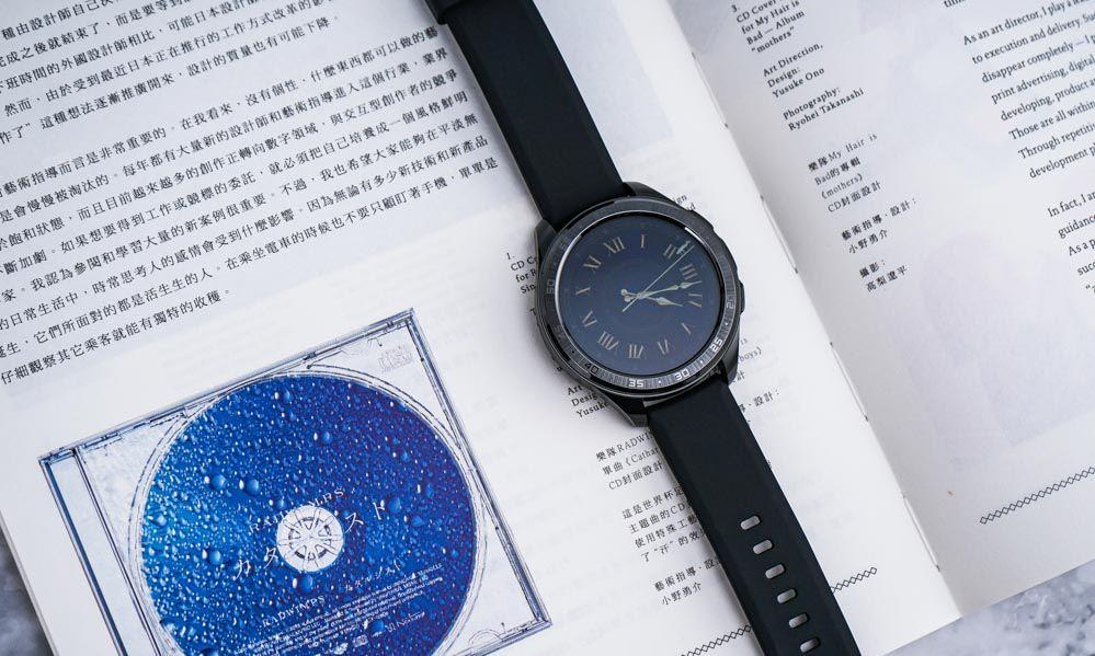 精钢,陶瓷,皮革演绎的vivo Watch风采