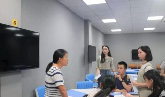 中国校友会对50所不同类型的大学排名,特色研究型大学引起争议