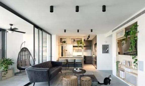 老房改造,巧用柜体做隔断,开放式布局让空间通透明亮,效果极佳
