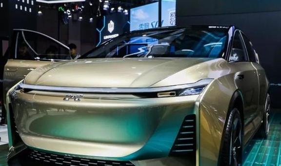 爱驰亮相上海车展:3款车+1个计划
