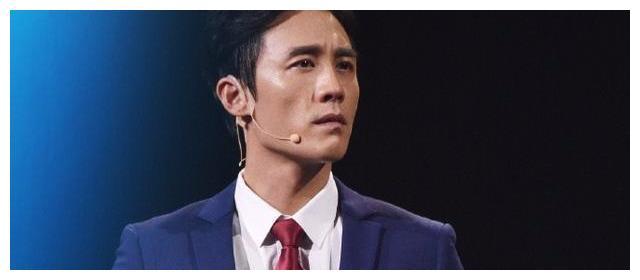 """杜淳宣布解散""""插刀教"""",印小天微博只4字发声,网友:够佛系"""