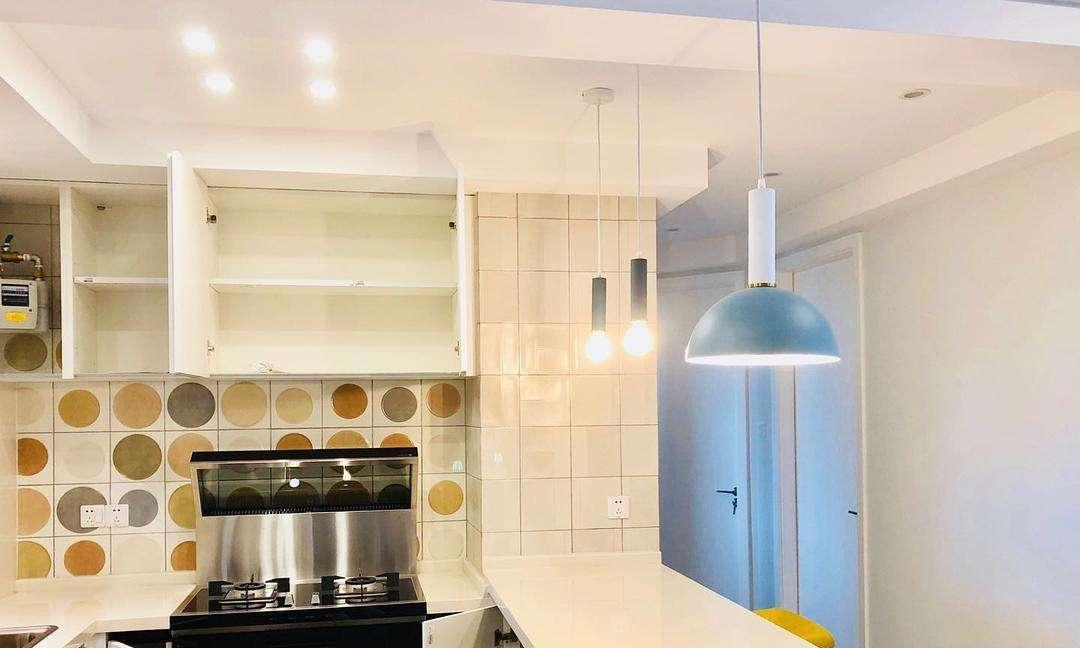 五金拉篮还敢用小牌子这4种厨房装修材料,如此选才不吃亏