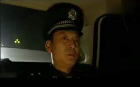 绝不放过你:民警向队长申请逮捕富豪,哪知队长一句话就怼回去
