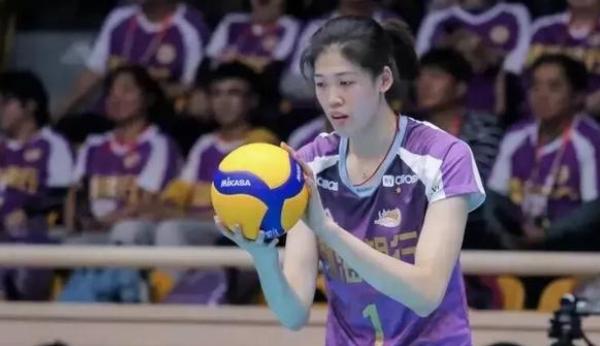 津迷为什么想急着要李盈莹替换掉朱婷张常宁打上国家队主力?