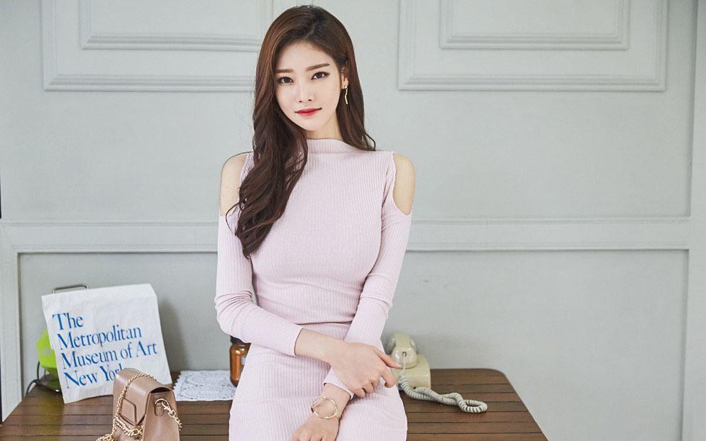 看韩国女模特有点脸盲,感觉都长得一个样
