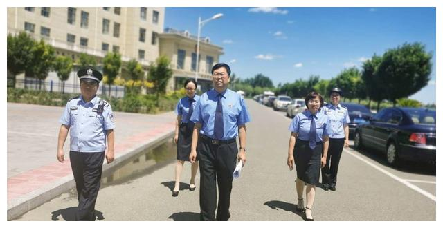 司法警察依法履职 保护公诉人出庭安全