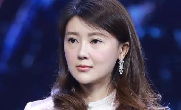 从阔太到负债5.3亿,贾跃亭前妻甘薇遭遇有点像刘涛?可能更惨