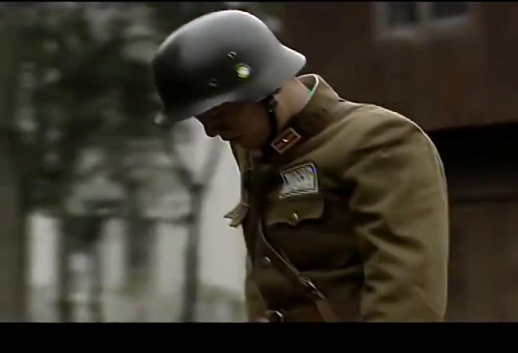 国军军官抽烟借火识破穿国军军服日本部队,施计问出敌军意图