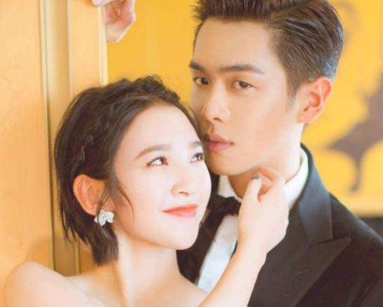 看了唐艺昕曾经的旧照,就明白为何能让张若昀如此痴迷了
