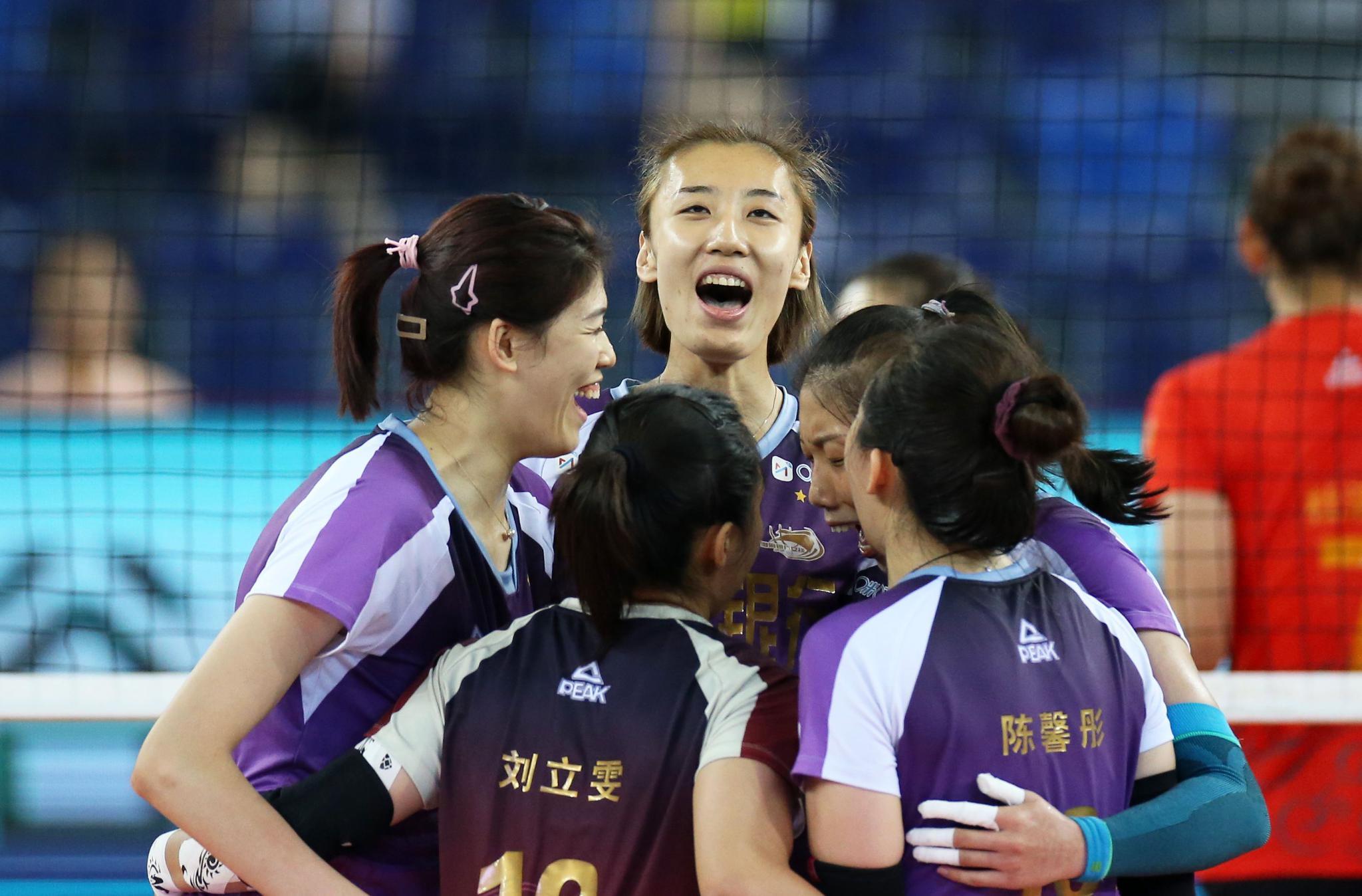 排球——全国女排锦标赛:天津队夺冠(2)