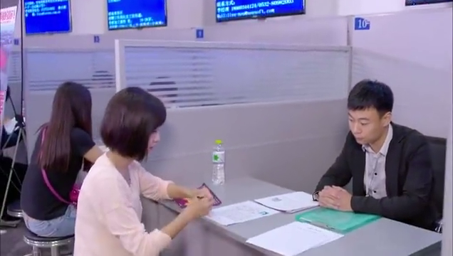 女孩寻找新工作,招聘方看了安宁简历,却当场拒绝她的求职