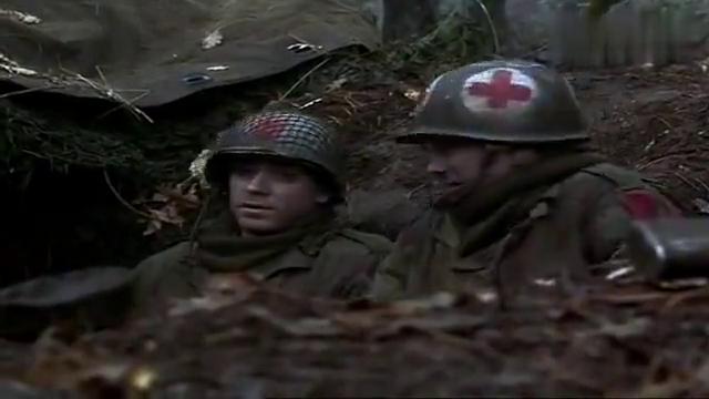 外语影片欣赏:林中遇德军,近在咫尺