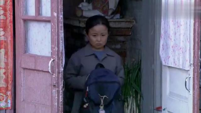 农村女孩被娇惯养出公主病,竟因为没有新衣服,就不愿去上学!