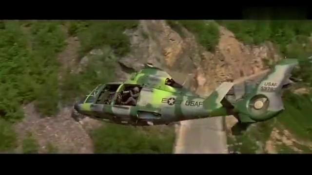 好莱坞史上劲爆动作片!两架武装直升机导弹准备,即刻拿下目标