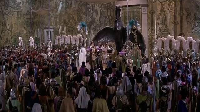 艳后当上了罗马的女王,连凯撒大帝都向她下跪,太霸气了!