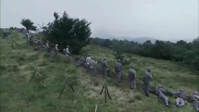 东方战场:鬼子假扮新6旅路过,左权看眼他们鞋子,直接发动进攻