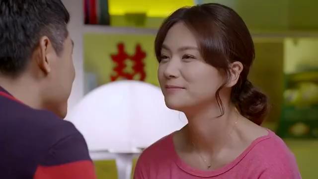 欢喜冤家:秋萍发现随礼有个大红包,双燕终于和一凡结婚感到幸福