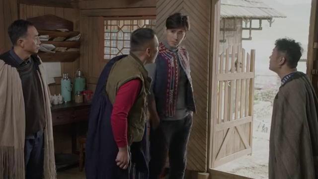 王敏质问巫萨为什么不来开会,巫萨出口狂言称王钦是小娃娃