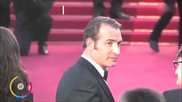 戛纳电影节尴尬蹭红毯,不听安保劝阻,原来是《延禧攻略》中的她