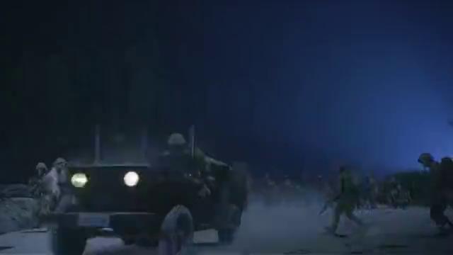 战士被鬼子包围,眼看就要以身殉国,谁知新四军和国民党一起赶到