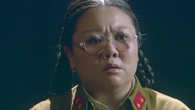 狐影:想起招娣找她拿过朱丽娜的首饰盒,她向雷组长汇报了情况