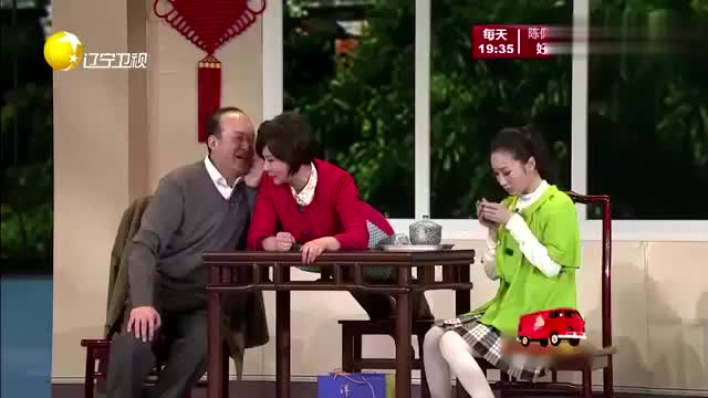 小品《家有毕业生》黄杨和蔡明合作偷偷帮助儿子创业,全场爆笑