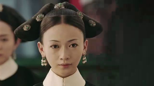 延禧攻略:众嫔妃给小姑子过忌辰,皇后自信的表现太突出