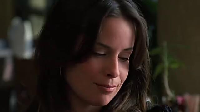 理查德家里请来了保姆,很漂亮的一个女孩梅琳达