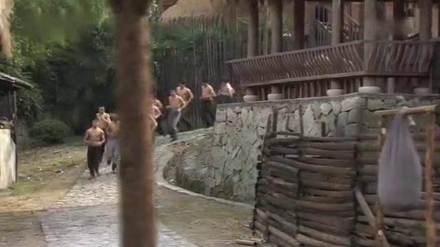 江湖儿女:土匪真彪悍,还敢进村对付抗联战士