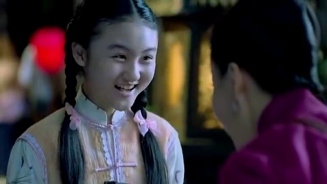 影视:彩灵给女儿送礼物,立雪看这礼物看懵了,辅堂却笑开花